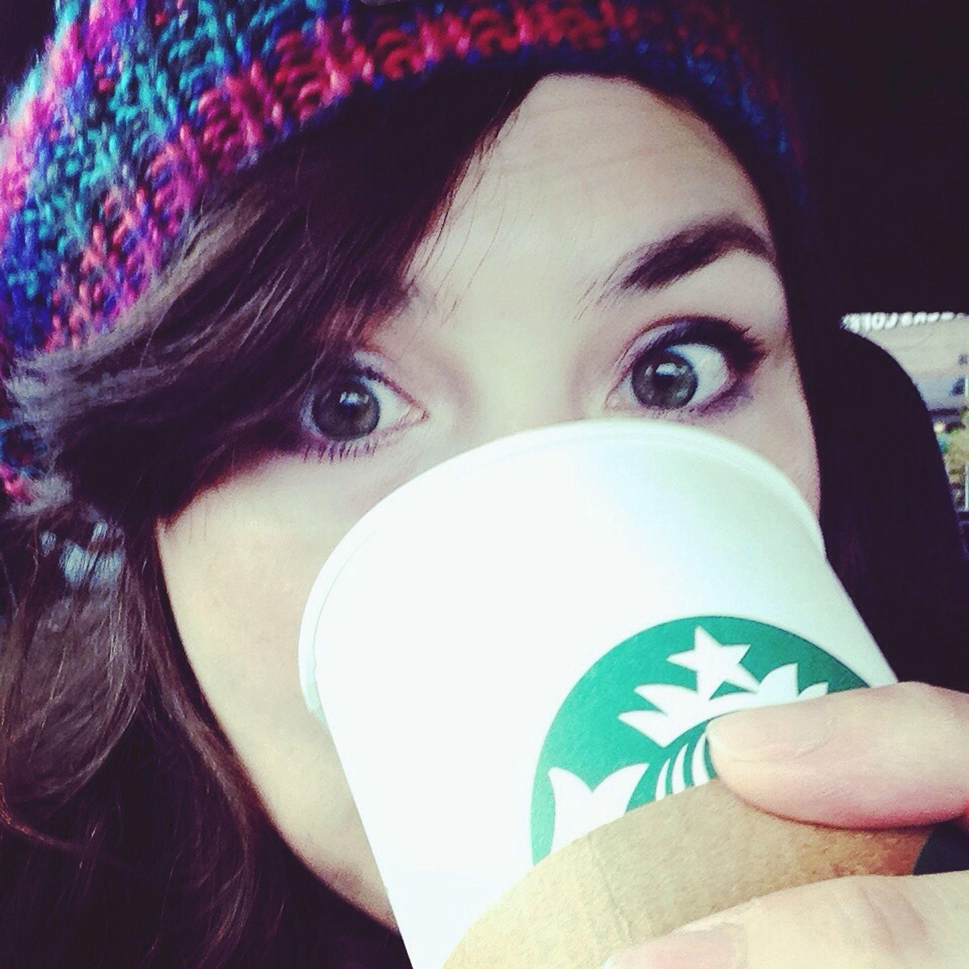 Coffee Coffeeeee! Starbucks Beaniedays Selfie ✌ C'EST MOI