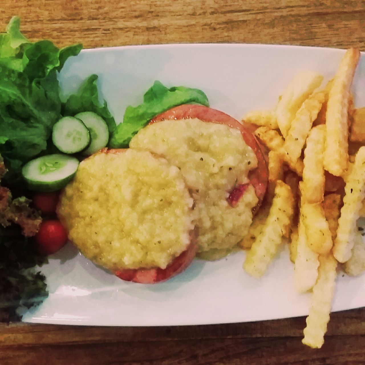 food and drink, food, freshness, indoors, salad, no people, ready-to-eat, close-up, plate, serving size, deep fried, day