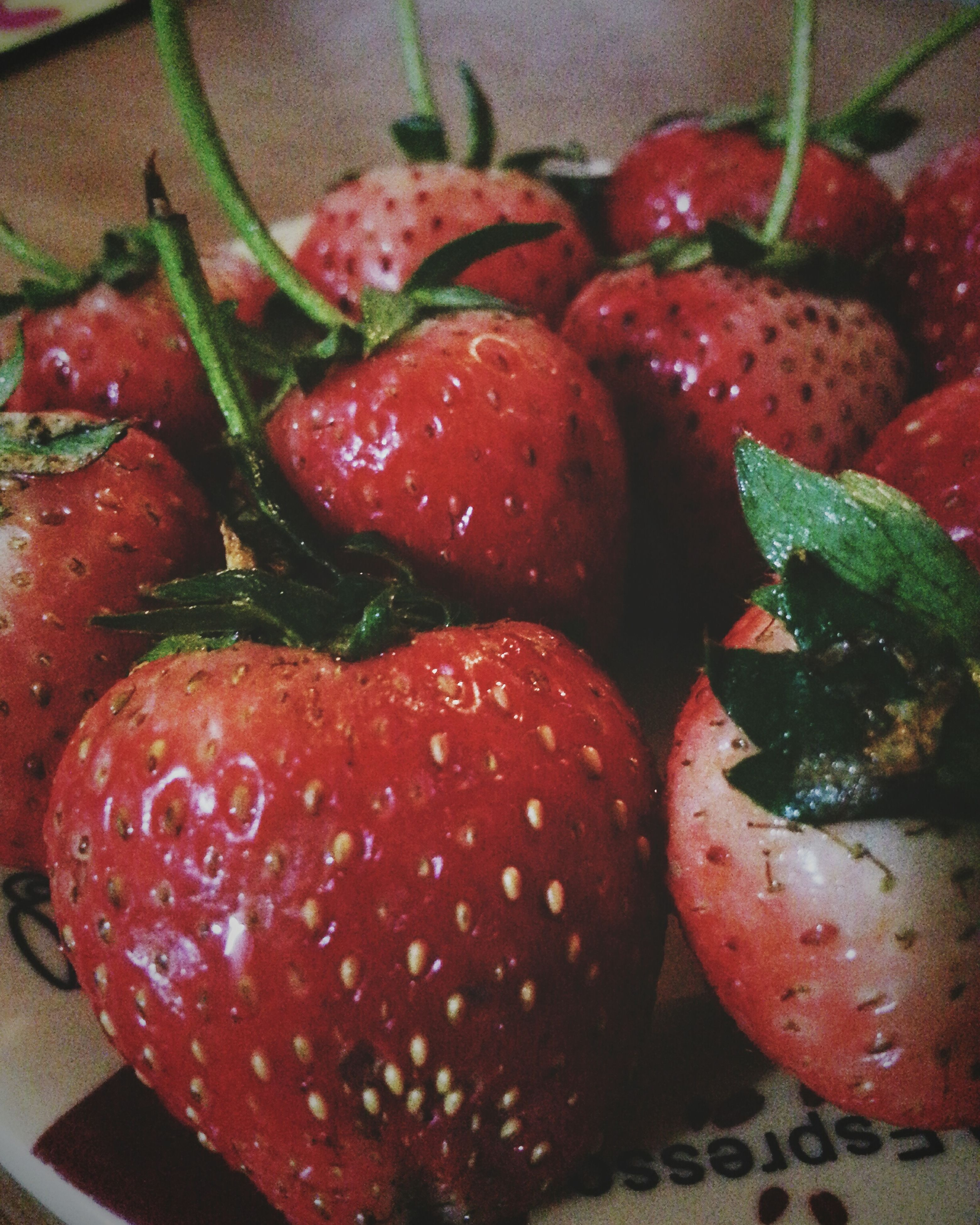 food, freshness, food and drink, healthy eating, red, close-up, no people, fruit, indoors, day, ready-to-eat