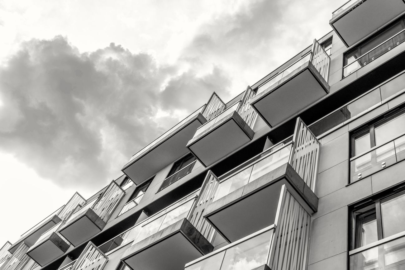 Still .. Canon Architecture_bw Streetphotography Simplicity Street Photography Good Night Modern Architecture Construction Architectural Detail Apartment Buildings Glass - Material People Photography Architecture_collection Architecture Taking Photos First Eyeem Photo Aechitecture Exterior Design Design Architecturelovers