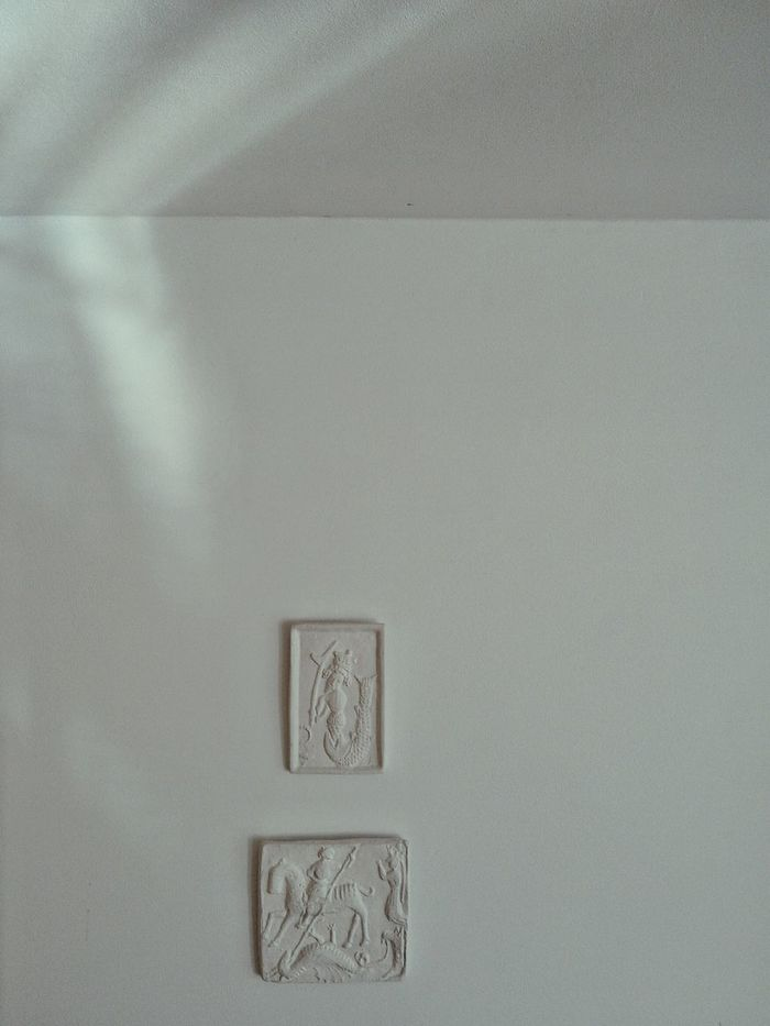 Saint George Dragonfight Jonas White Wall Pictures On The Wall Interior Views Plaster Plaster Cast Lightbeam