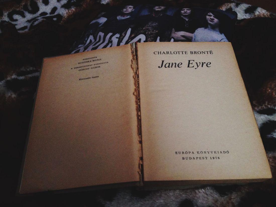 JaneEyre Books Book Reading Reading & Relaxing Bring Me The Horizon Lovethisbook Good CharlotteBrontë Bestbook