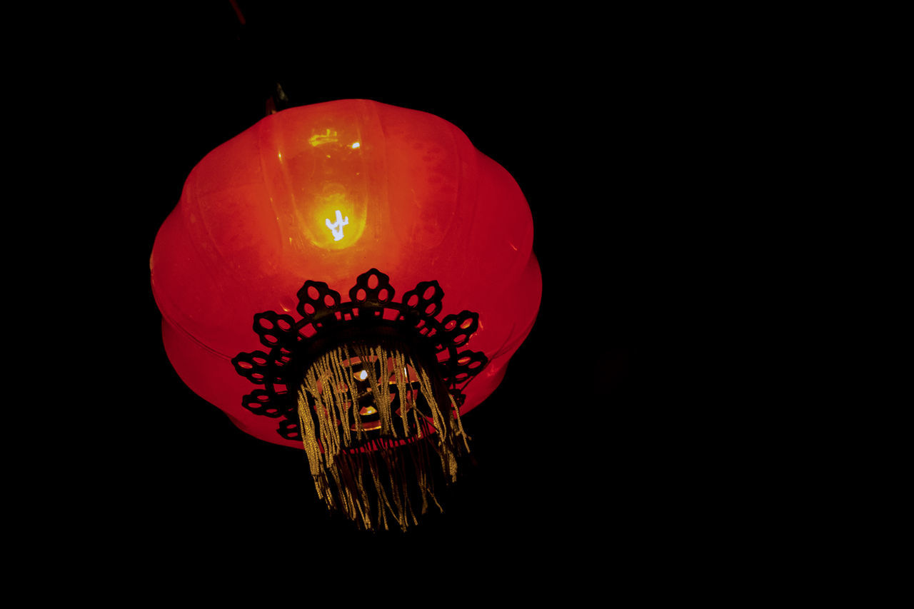 Red Black Background Check This Out Night Lights Nightshot Nightphotography Chinese Lantern Lantern Hanging Cultures Black Background Night Photography Outdoors Freshness No People Close-up