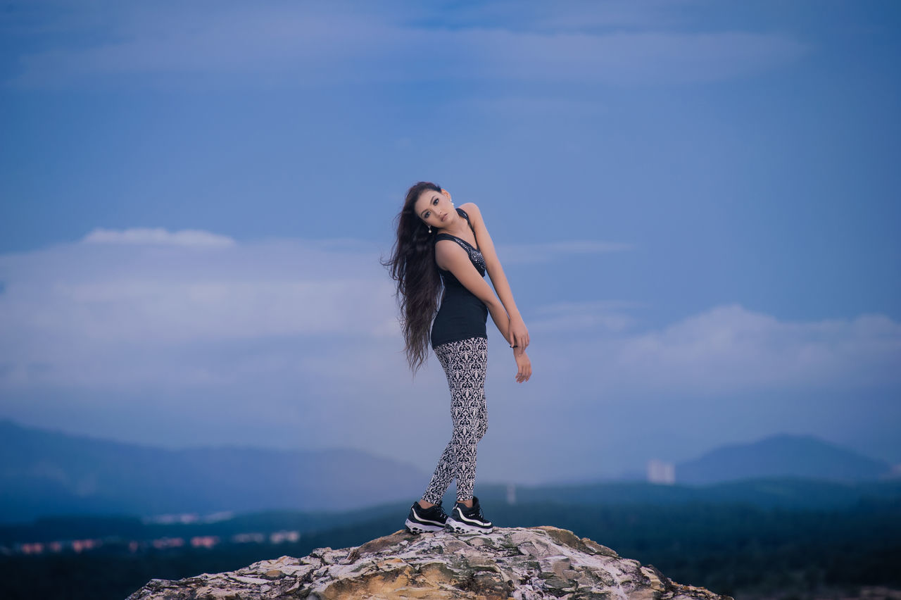 Adult Adults Only Beautiful People Beautiful Woman Beauty Beauty In Nature Cloud - Sky Day Human Body Part Nature One Person One Woman Only One Young Woman Only Only Women Outdoors People Sky Women Young Adult Young Women