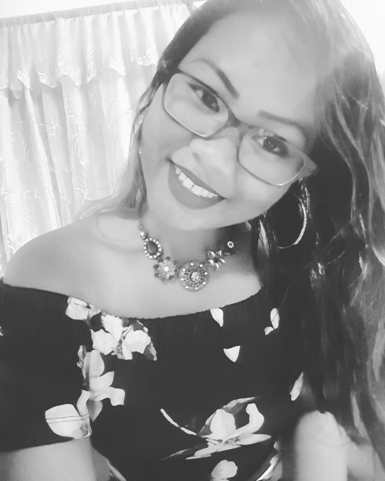 """""""One day the people that didn't believe in you will tell everyone how they met you."""" 😉❤ Looking At Camera Only Women Beautiful Woman Truestory Eyeglasses  One Young Woman Only Smiling Cheerful Portrait Adult Happiness Beyourownkindofbeautiful Thankful✨ Loved With An Everlasting Love Enjoy The Moment Surinamese_Javanese Selfietime Selfpotrait Getting Ready Beauty Asian Girl Asian Woman Smile❤ Asian Beauty"""