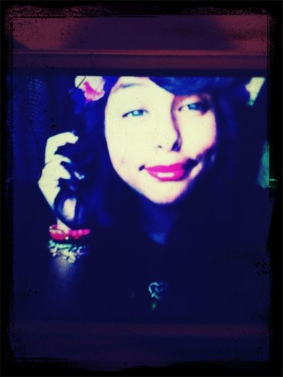 from phone to phone !! :)~3^.^