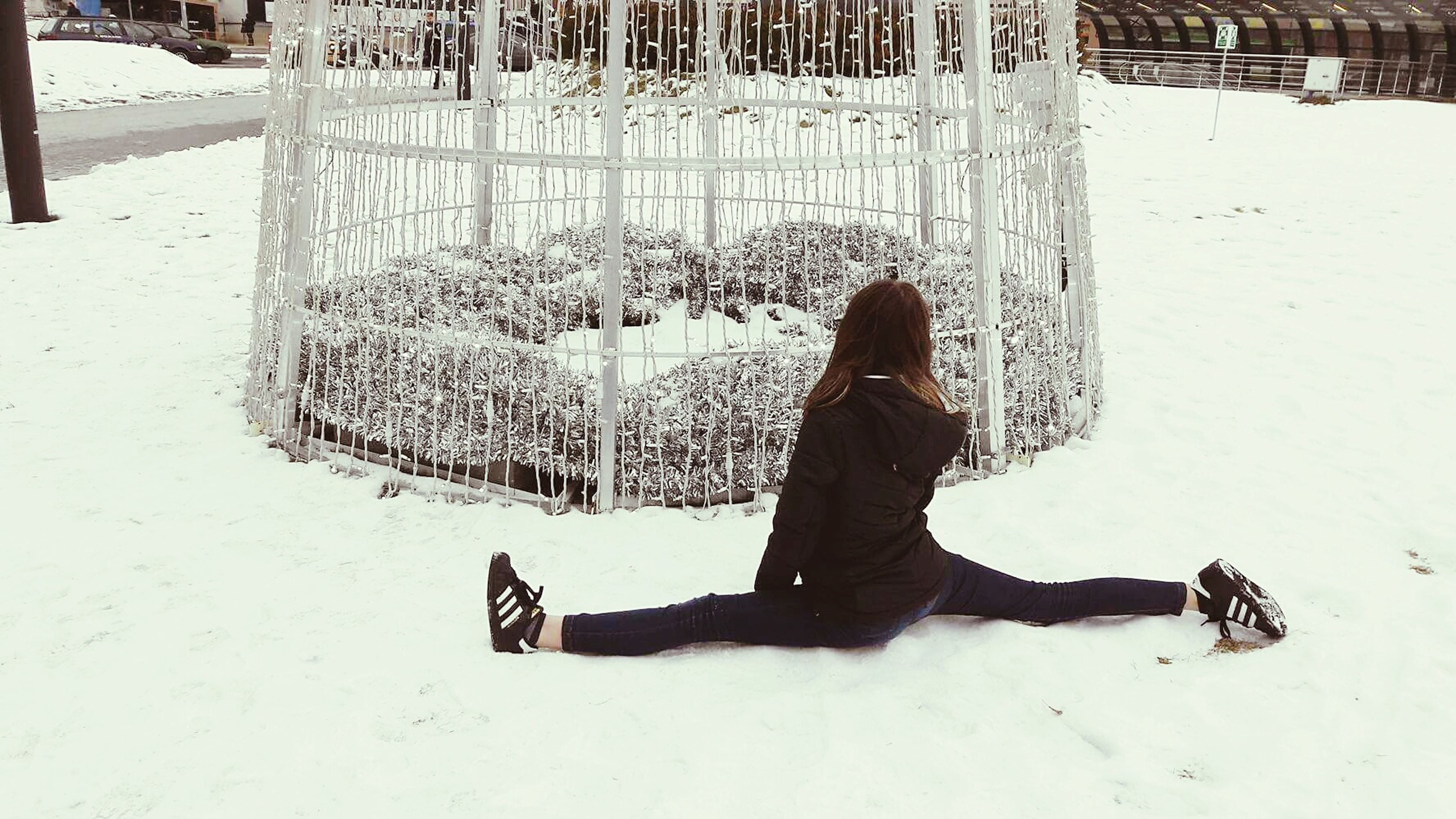 winter, snow, one person, full length, cold temperature, day, leisure activity, real people, outdoors, nature, beauty in nature, one woman only, warm clothing, people, only women, adults only, adult