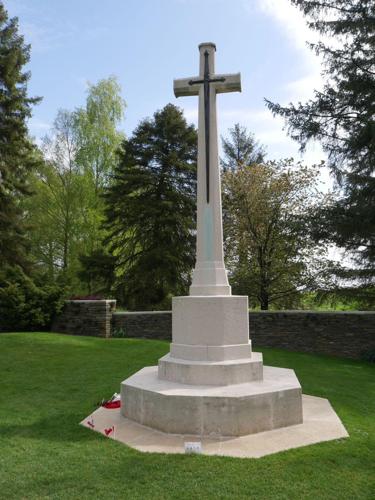 Cross Cross Memorial Cemetery Beaumont- Hamel Memorial Newfoundland War Memorial Somme Cemetery France Picardy Ww1 War Memorial