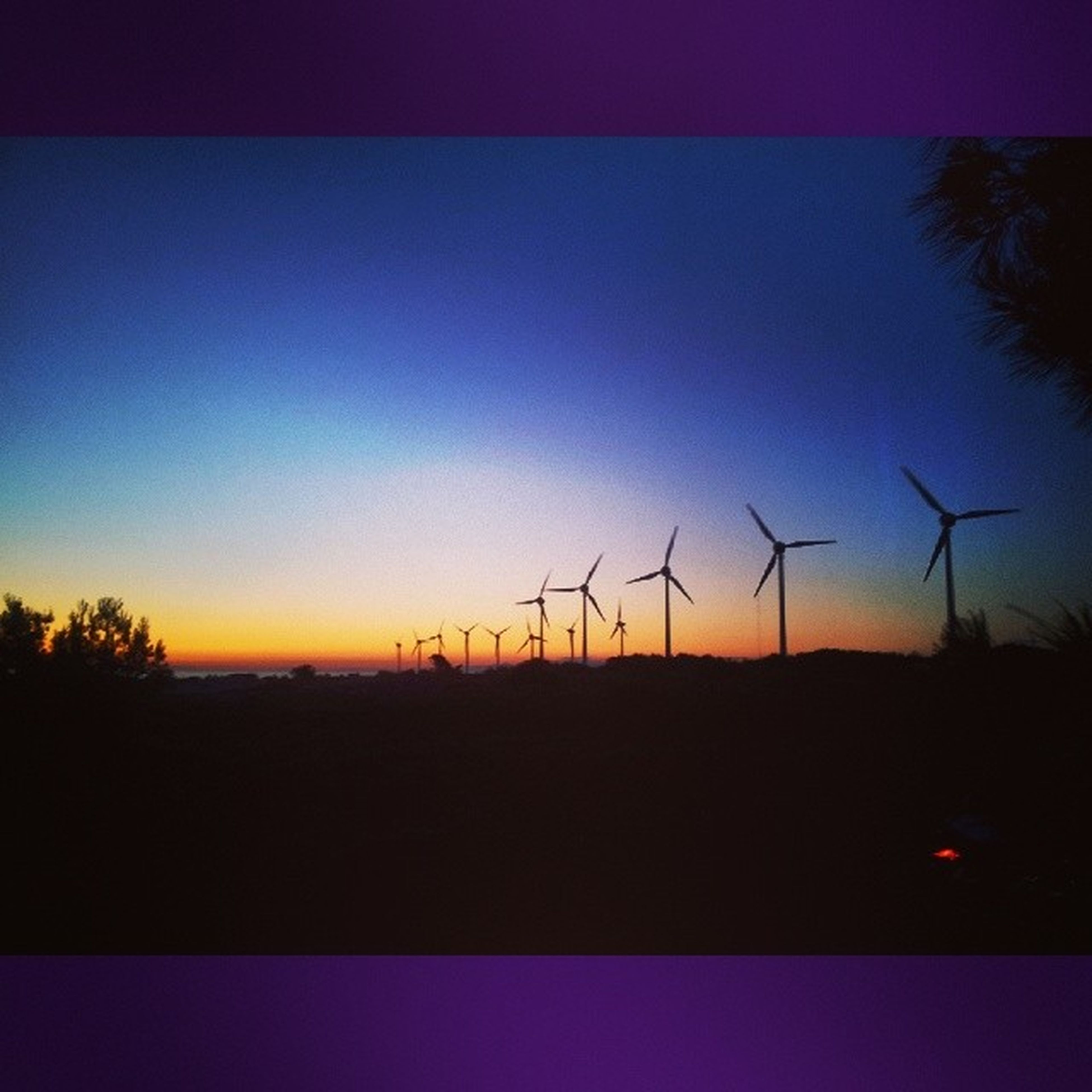 wind turbine, wind power, alternative energy, fuel and power generation, environmental conservation, windmill, renewable energy, sunset, landscape, silhouette, field, clear sky, technology, tranquil scene, copy space, tranquility, rural scene, nature, scenics, sky