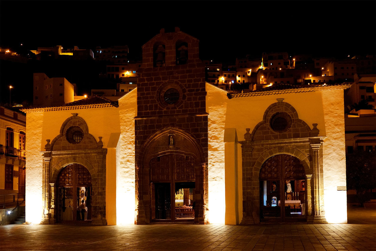 architecture, night, arch, built structure, history, building exterior, illuminated, outdoors, no people