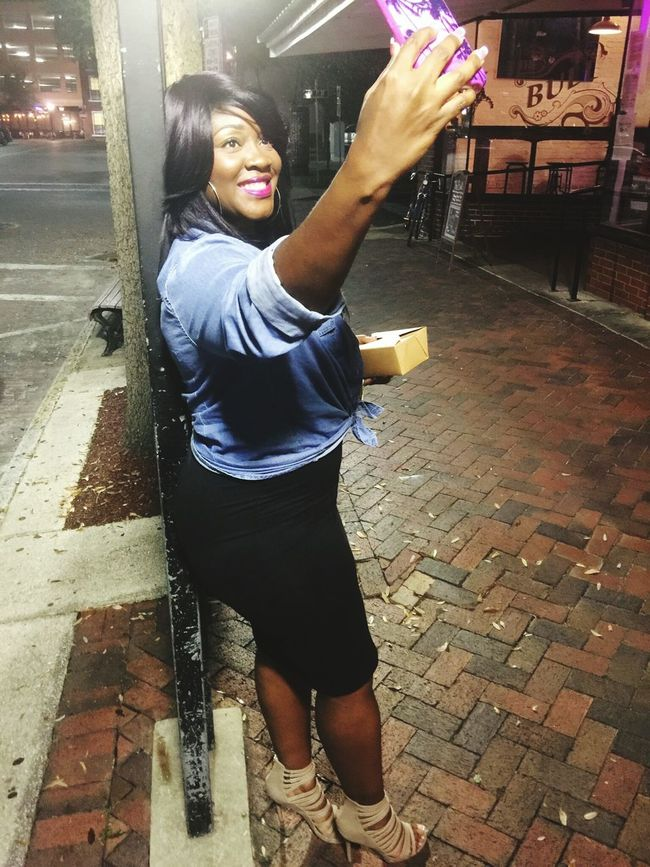 """""""Turn up the lights in here, baby Extra bright, I want y'all to see this Turn up the lights in here, baby You know what I need Want you to see everything Want you to see all of the lights.""""🎶 Nightlife Nightphotography Night Lights Downtown Celfie"""
