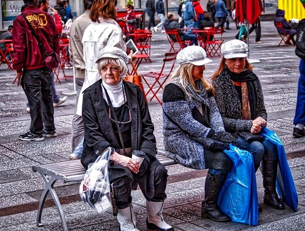 The Three Hats. Casual Clothing Large Group Of People City Street Outdoors Front View Togetherness Store Windows Urbanphotography HDR Streetphotography Vibrant Color Hdr_captures Hdr_lovers Landscape_photography Streetpgotographer City Life NYC Street Photography Nycstreetphotography Hats Are Cool