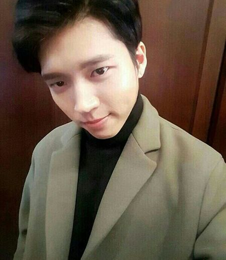 """it's so long for me to upload a picture. And now, I upload my favorite singer """"Nam Woohyun"""", main vocal of INFINITE .. Infinité Namwoohyun Woohyun Namu"""
