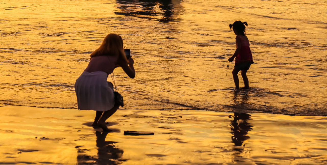 Childhood Childen Childhood Childhood Memories Children Only Children's Portraits EyeEm Best Shots EyeEm Nature Lover Golden Age Golden Hour Happy Time Live For The Story Sea Playing Seascape Seaside Sunset Sunset Silhouettes The Great Outdoors - 2017 EyeEm Awards Vacation Vacation Destination Vacation Time
