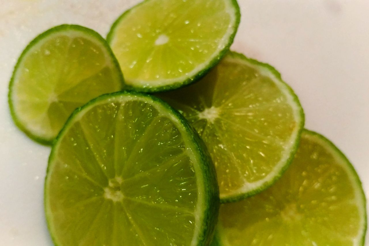 lime, slice, lemon, freshness, food and drink, citrus fruit, close-up, indoors, alcohol, drink, no people, refreshment, mojito, cocktail, cold temperature, white background, fruit, food, healthy eating, mint leaf - culinary, day