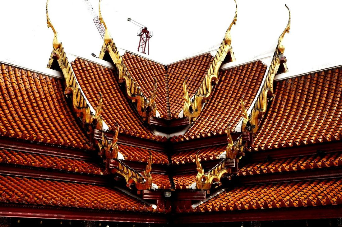 Architecture Roof Outdoors Sky No People Bangkok Bangkok Temple Temple Temple Roof Tiled Roof