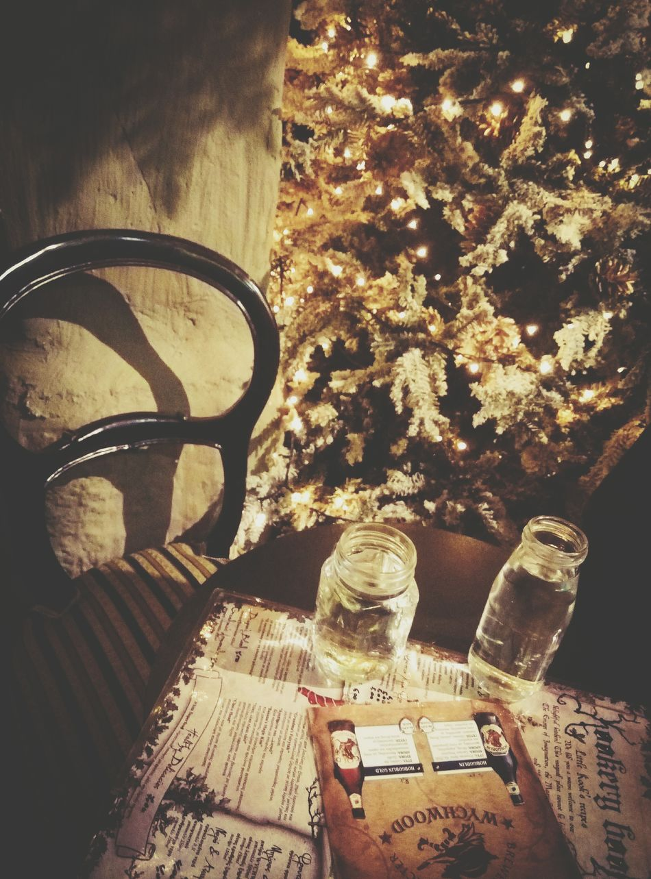Always Be Cozy Christmas Tree Indoors  Close-up Christmastime Christmas Around The World Coffee Time Coffeetime Christmas Decorations Christmas Theme Coffee Shop Calming Views Relaxedand Happy With Friends