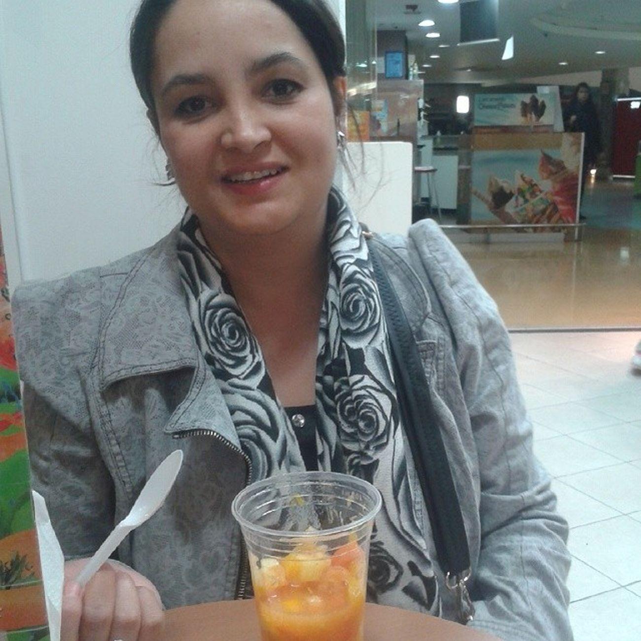 Minha Esposa na Salada de Frutas Walmart balneariocamboriu