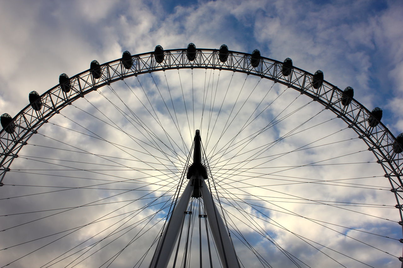 Clouds Clouds And Sky Geometric Shapes London London EyeEm Meetup LondonEye Sky Urban Geometry London Lifestyle