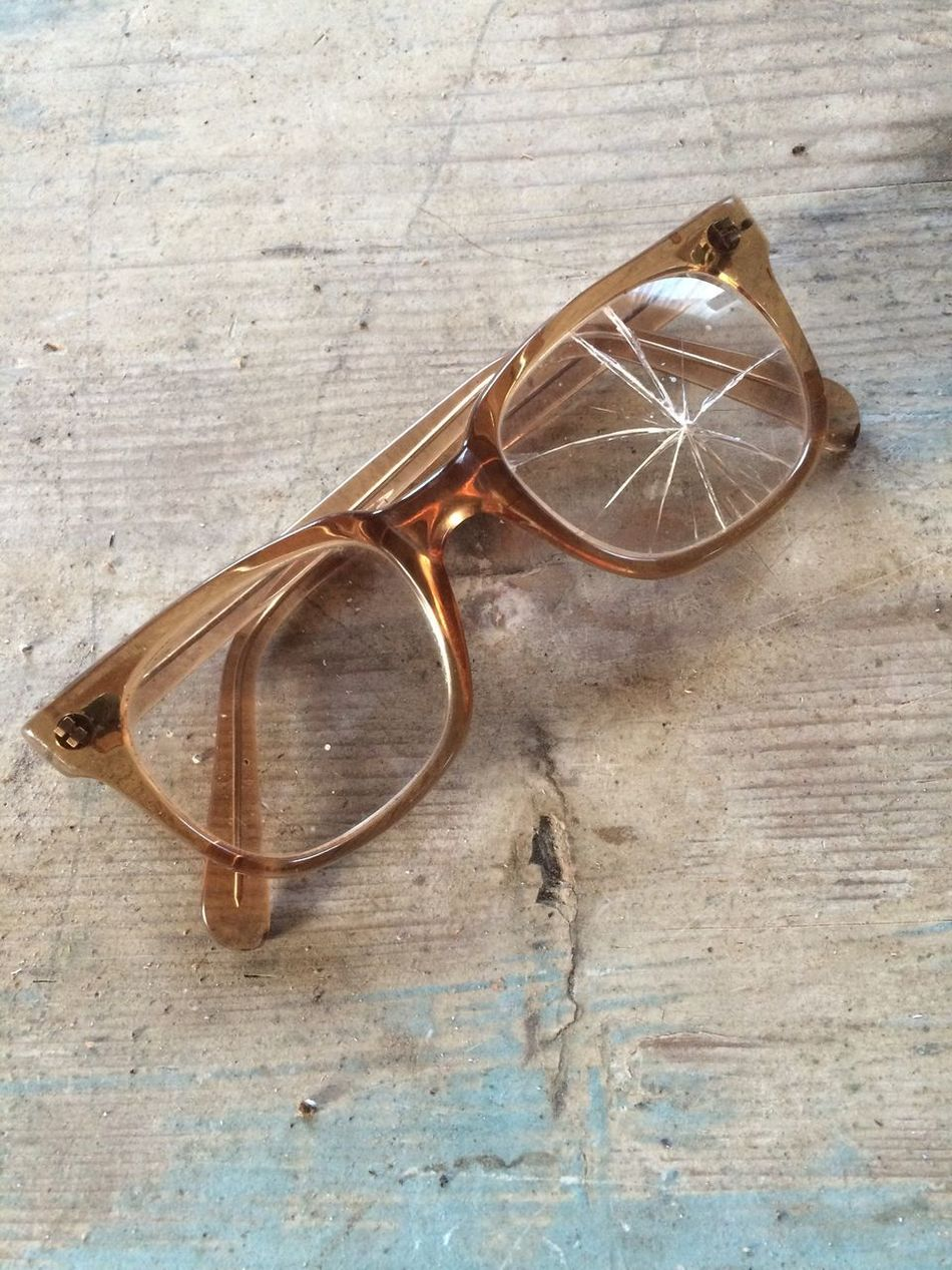 Wooden No People Circle Man Made Object Memories Glasses Glass Broken Glasses Broken