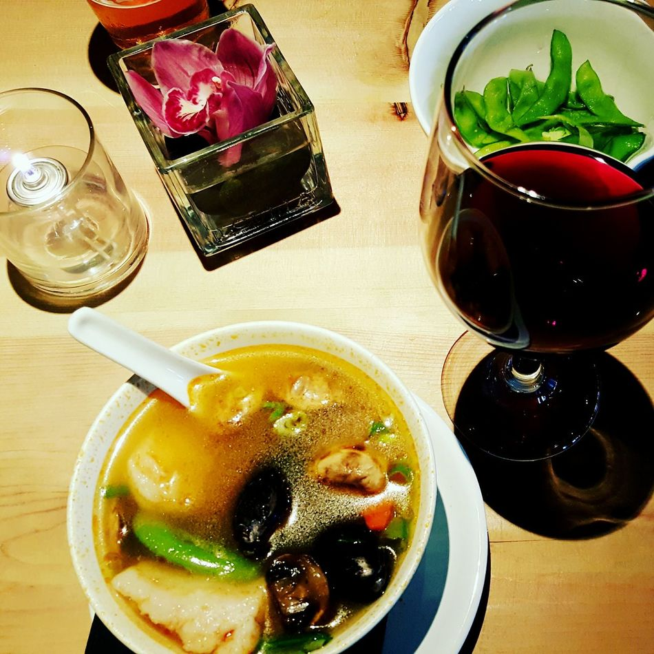 Food Porn Awards Date Night with the hubby Spicy Seafood Soup Red Wine Cabernet_sauvignon Seafood Date Night Soup Flower Candle Light My Favorite Restaurant