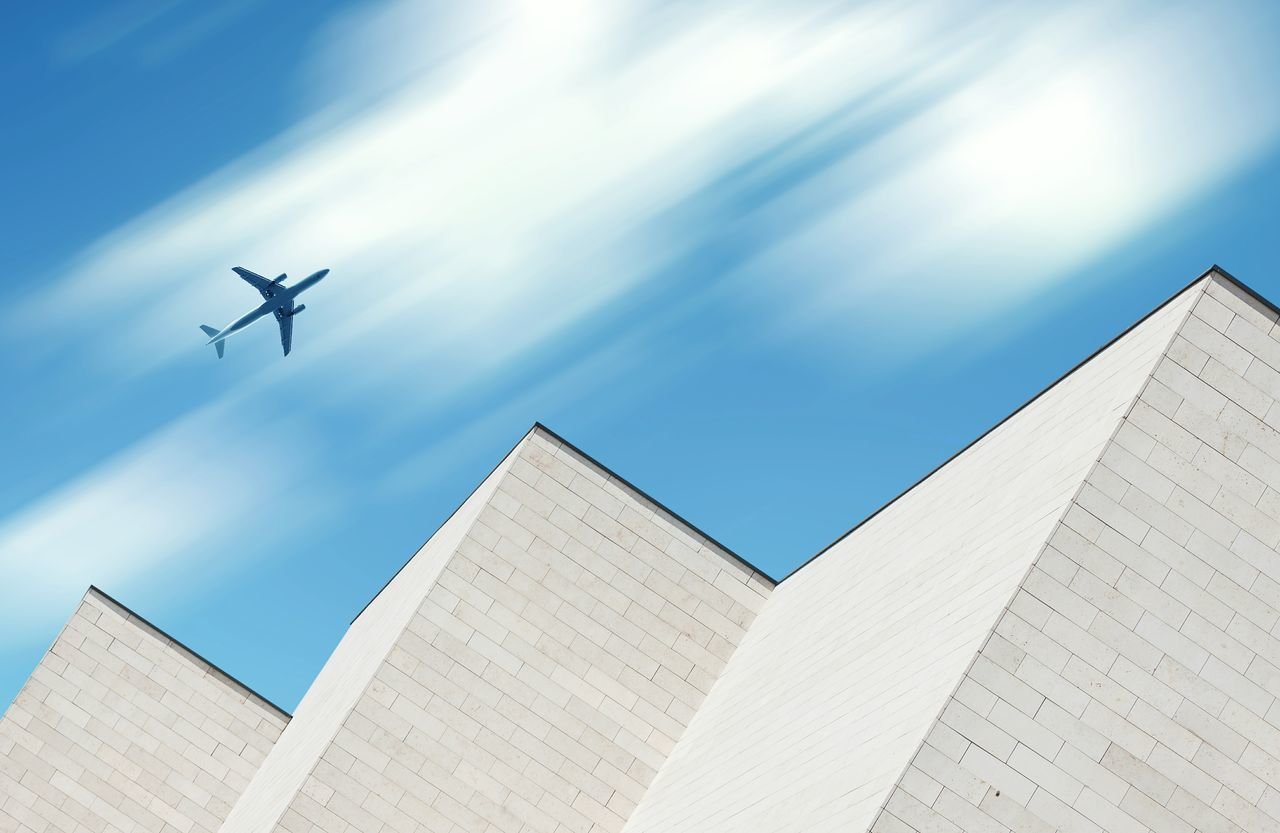 Beautiful stock photos of flugzeug, low angle view, architecture, building exterior, built structure