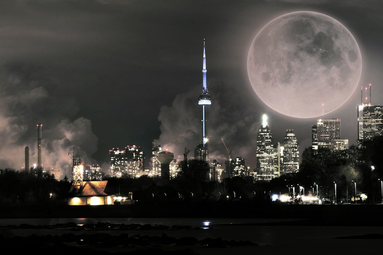 One. Last. Breath Traveling Wanderlust Travel Photography Eye4enchanting Dreams Full Moon Toronto Travel Canada The Great Outdoors - 2016 EyeEm Awards