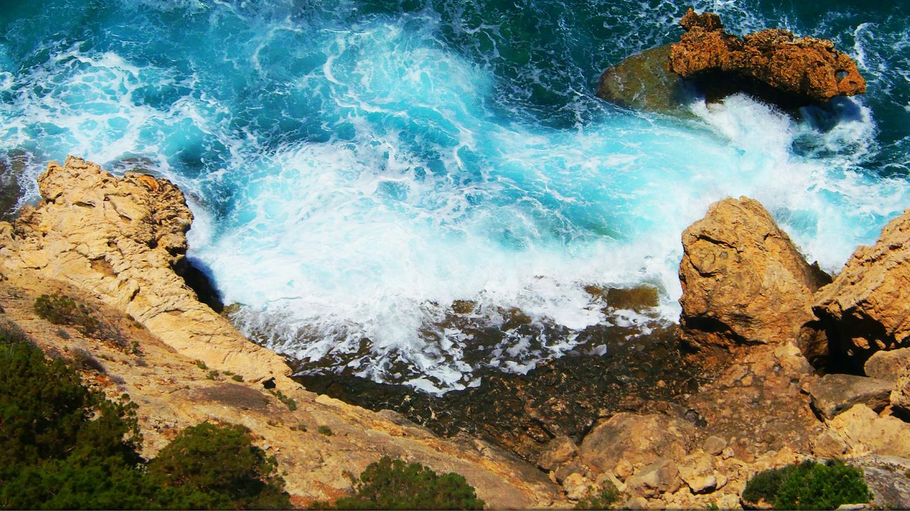 Sea Waves Rocks Heraion Loutraki Corinth Korinthos Greece Summer2014 BlueDecay