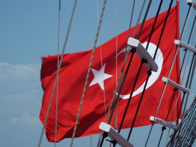 Ropes Boat Boat Trip Day Trip Tourism Travel Photography Travel Destinations Blue Sky On A Boat Tourist Attraction  Flag Turkish Flag Rope Ladder