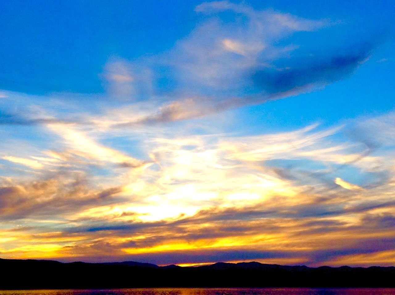 sky, scenics, beauty in nature, sunset, nature, cloud - sky, tranquil scene, tranquility, silhouette, outdoors, no people, day