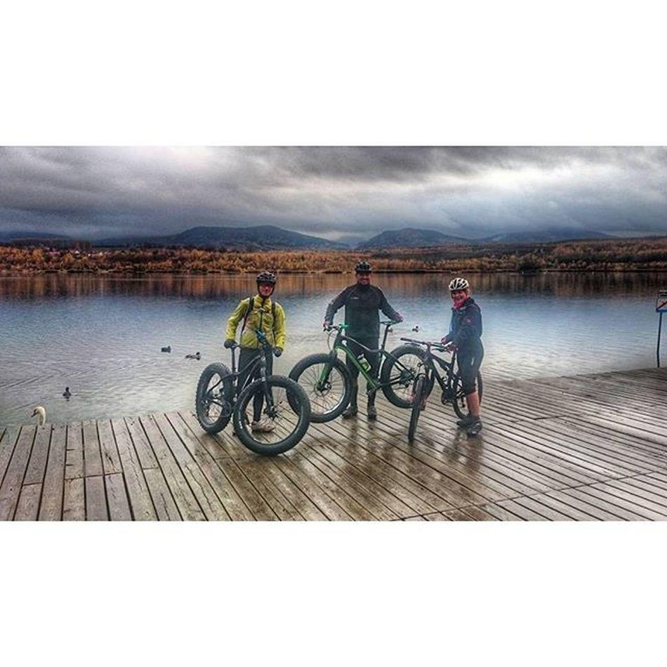 ... heutige feucht fröhliche Tour mit zwei Fatbikes (@pcjunkee) durch das Zittauergebirge Osee Zittauergebirge Scott2luvit Mountainbikelife cyclingphotos fun Sport picsofmyday fatbike 9zero7 mtblife actionsports cycling mtb friends olbersdorfersee