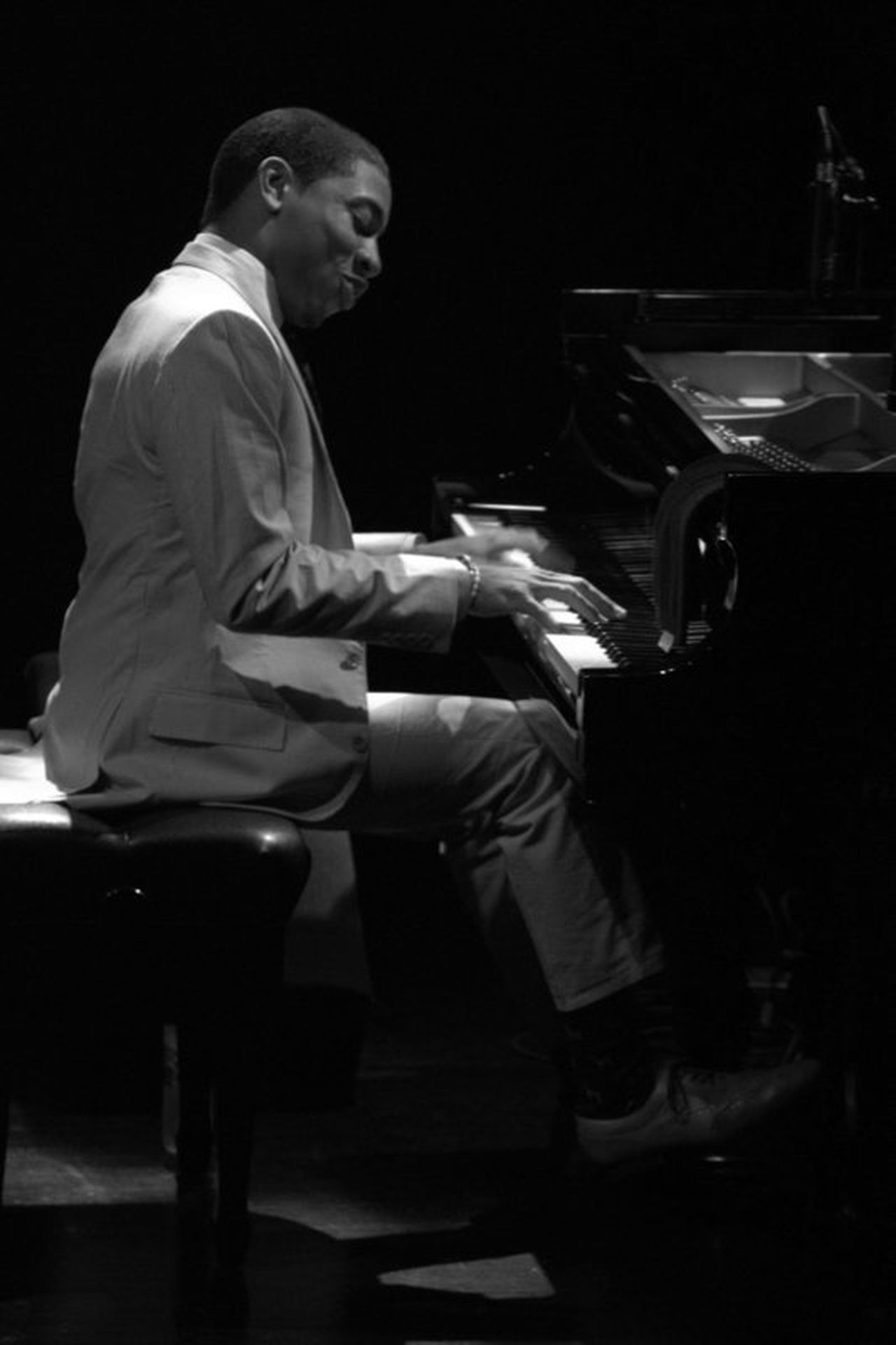 Monochrome Photography Piano Moments Jazz Music Pianist Black And White Photography Christian Sands Jazz