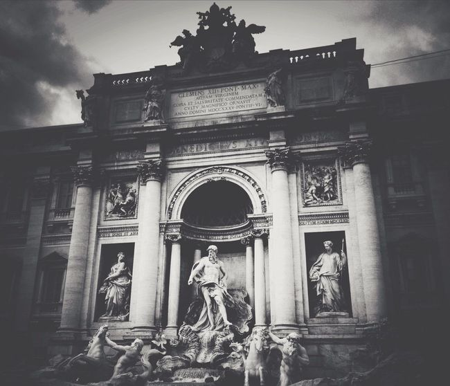 Trevi Fountain Vscocam Blackandwhite Italy Architecture
