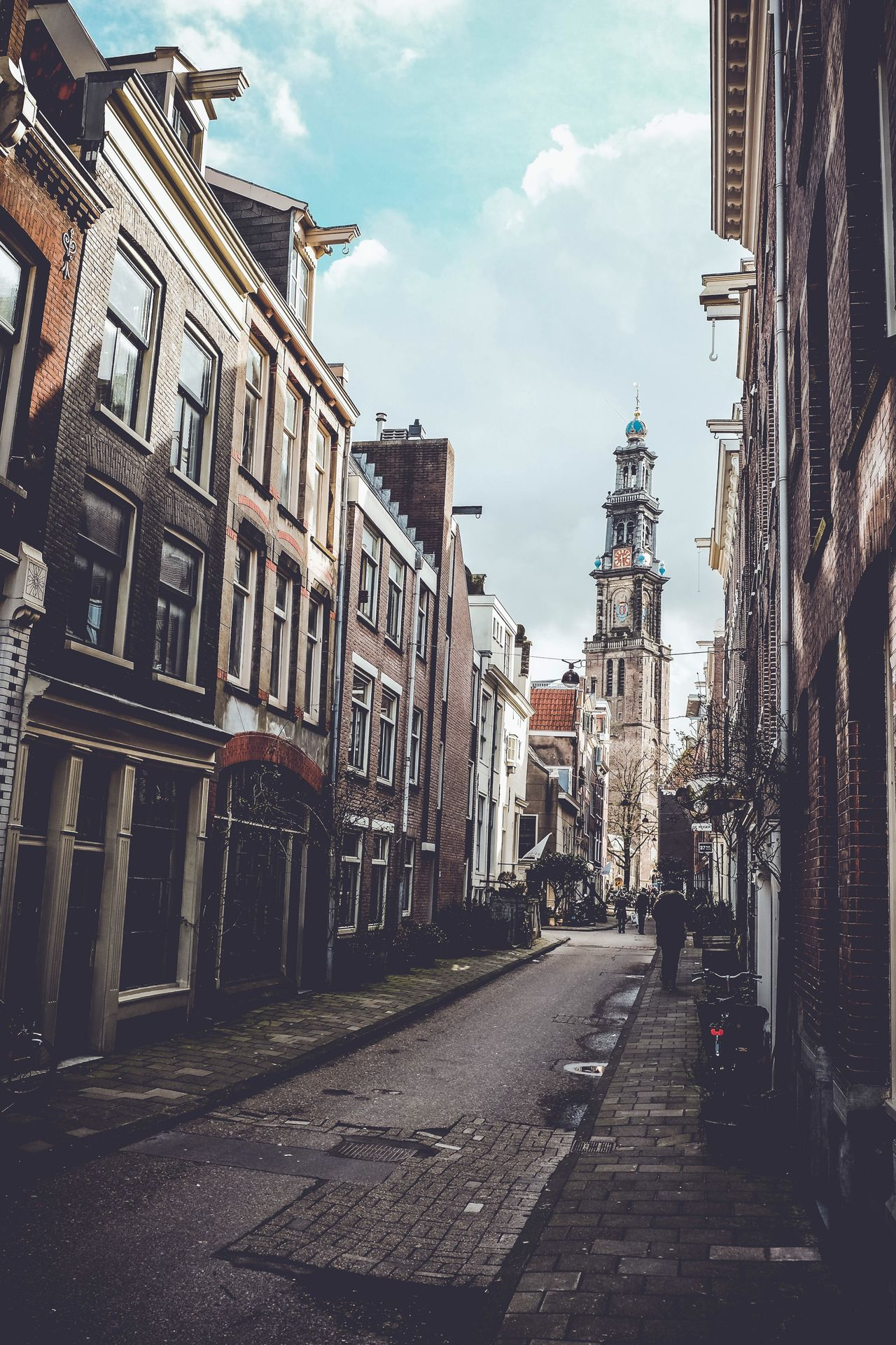 Chemin de traverse Amsterdam Your Amsterdam Traveling Fujifilm_xseries Shadow Streetphotography Taking Photos Picoftheday Jordaan