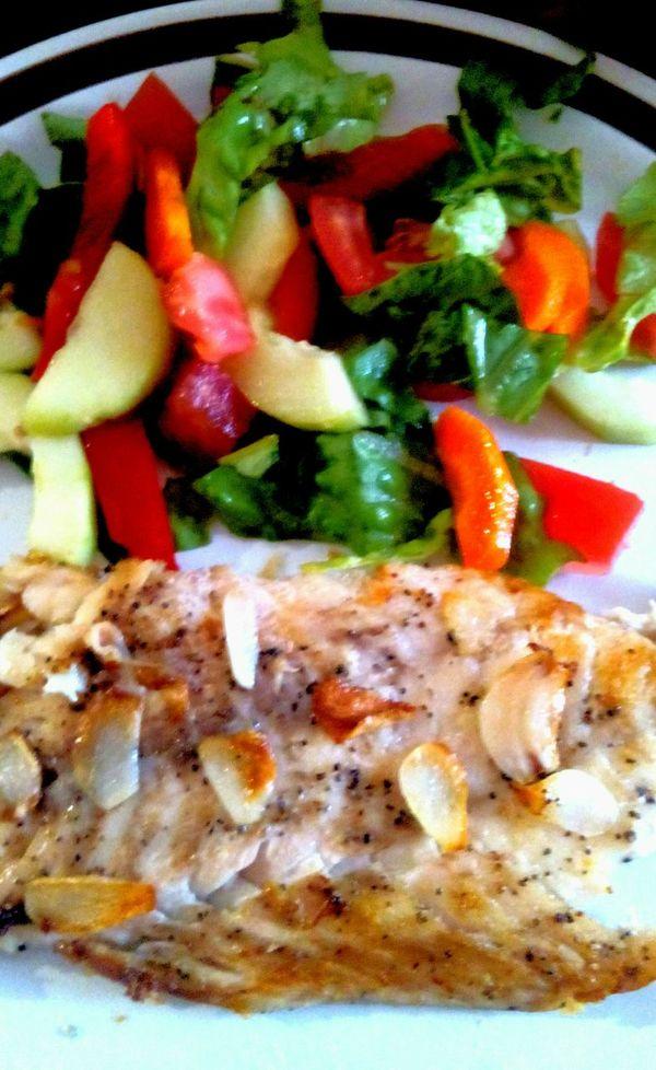 Marines Healthy Eating Healthy Food Garlic Fish & Vegetables Italian Dressing Pescado Al Mojo De Ajo pescado y vegetales Saludablemente Sano ♡ I <3 Fish Me Encanta El Pescado Mi Chef Marinés
