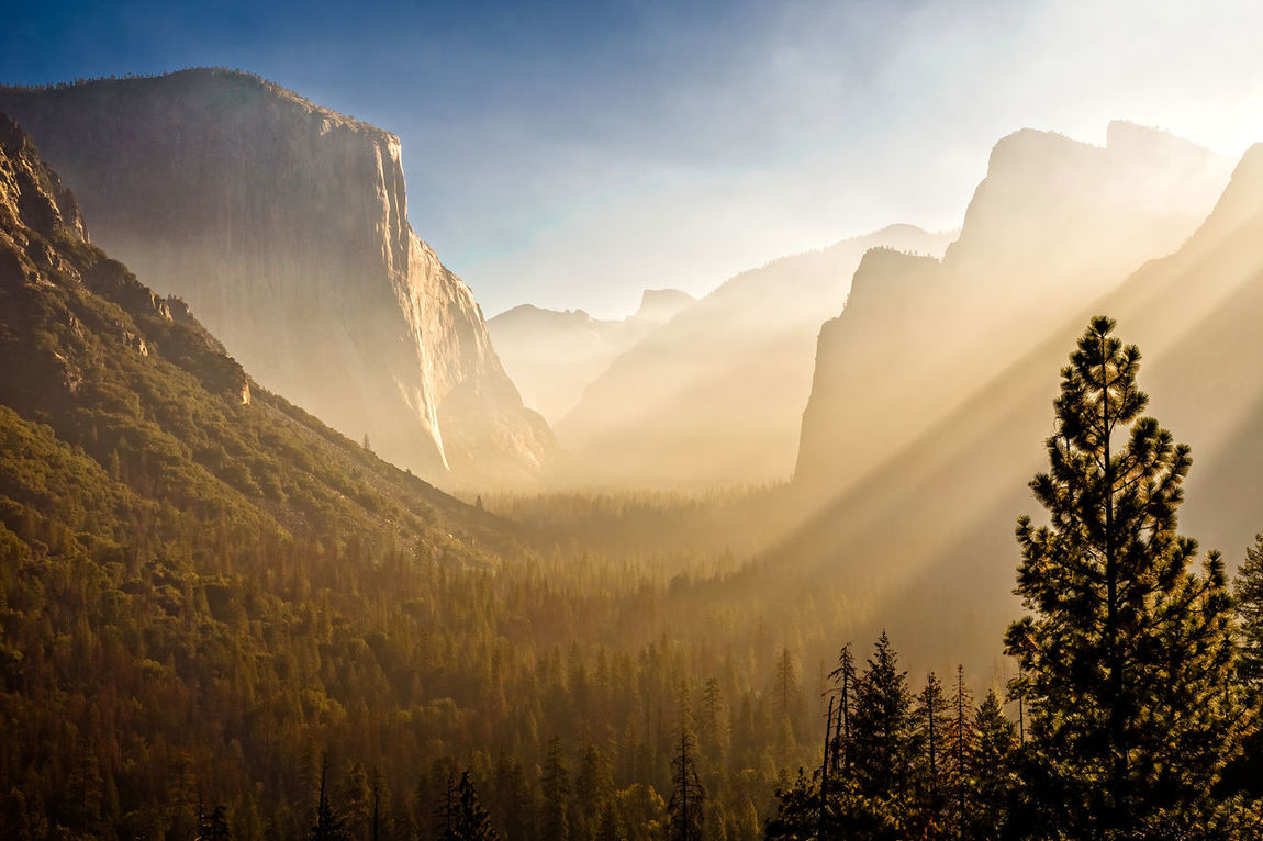 Another picture from Tunnel View taken with my Canon 6D. Cloudy Fall Beauty Yosemite Yosemite National Park Yosemite Tunnel View Yosemite, California Beauty In Nature Day Fall Day Haze Hazy  Landscape Mountain Mountain Range Nature No People Outdoors Scenics Sky Sunlight Tranquil Scene Tranquility Tree Tunnel View - Yosemite National Park Yosemite National Park, California Perspectives On Nature