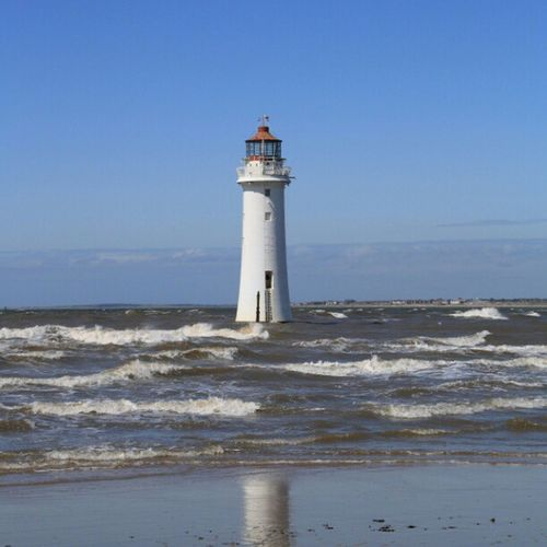 #perchrock #mersey #lighthouse #wirral Lighthouse Instaprints  Mersey Wirral Perchrock