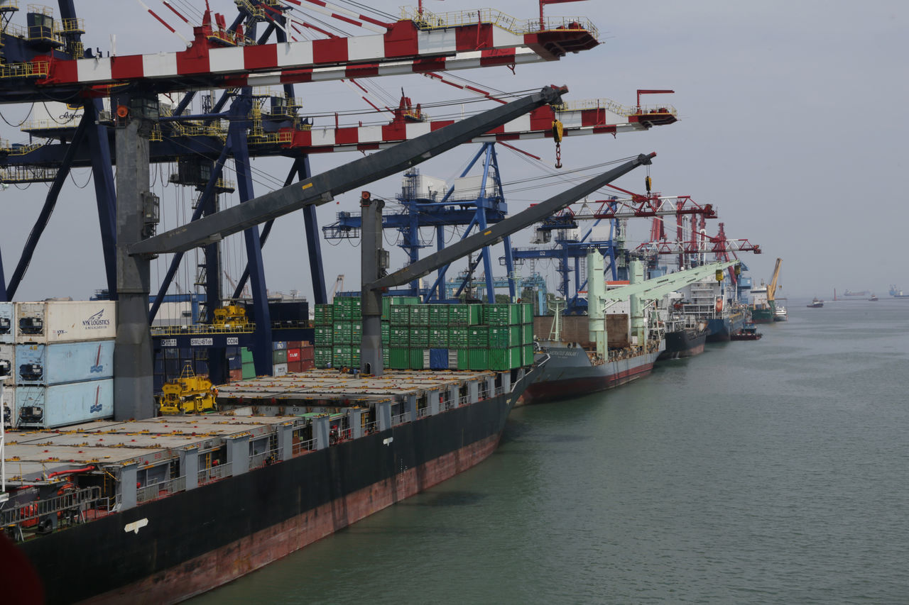 Business Business Finance And Industry Cargo Container City Commercial Dock Container Ship Day Freight Transportation Harbor Industry Mode Of Transport Nautical Equipment Nautical Vessel No People Outdoors Pier Shipping  Sky Trading Transportation Water