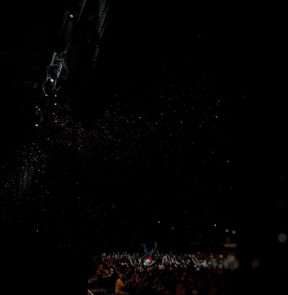 Night Crowd Popular Music Concert Blink182 Event Nightlife Music