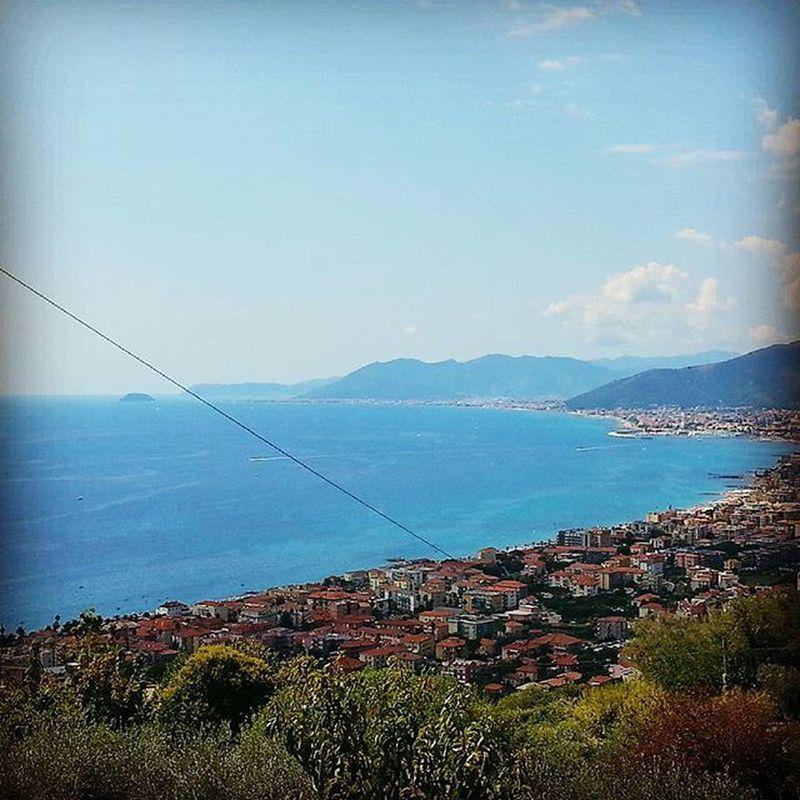 Panorami Liguri ad alta definizione. Verezzi Liguria Liguriainside Ligurianelcuore Paesaggioitaliano Landscape Ig_Savona Ig_savonapicoftheday Ricordidestate2015