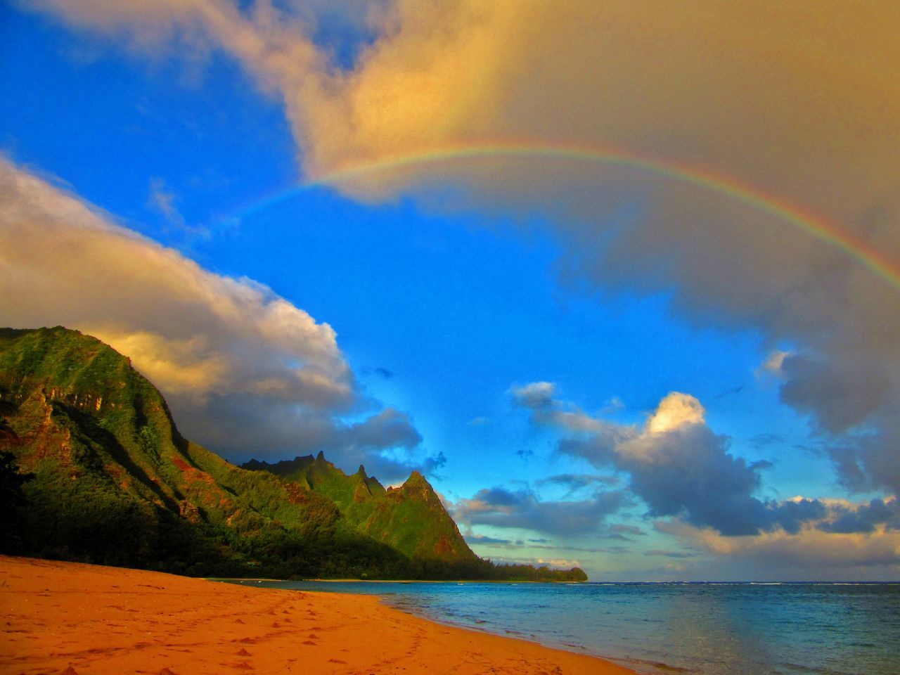 Beauty In Nature Cloud - Sky Day Haena Kauai Kauai Hawaii Kauai♡ Landscape Makua Mountain Nature No People Ocean Outdoors Scenics Sea Sky Tunnels Beach Water