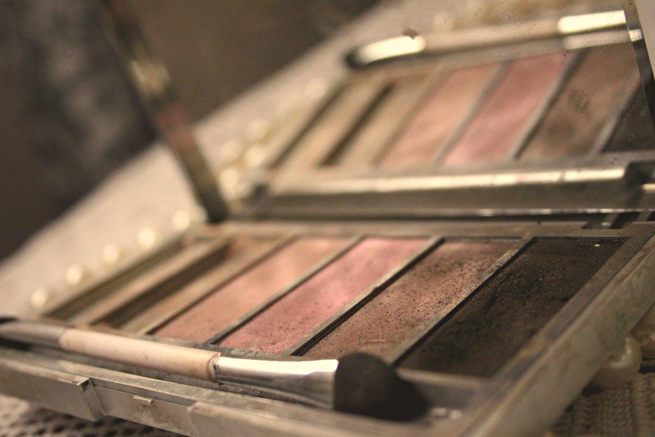 Close-up Indoors  Make-up Makeup Makeupartist No People Palette Colors Women