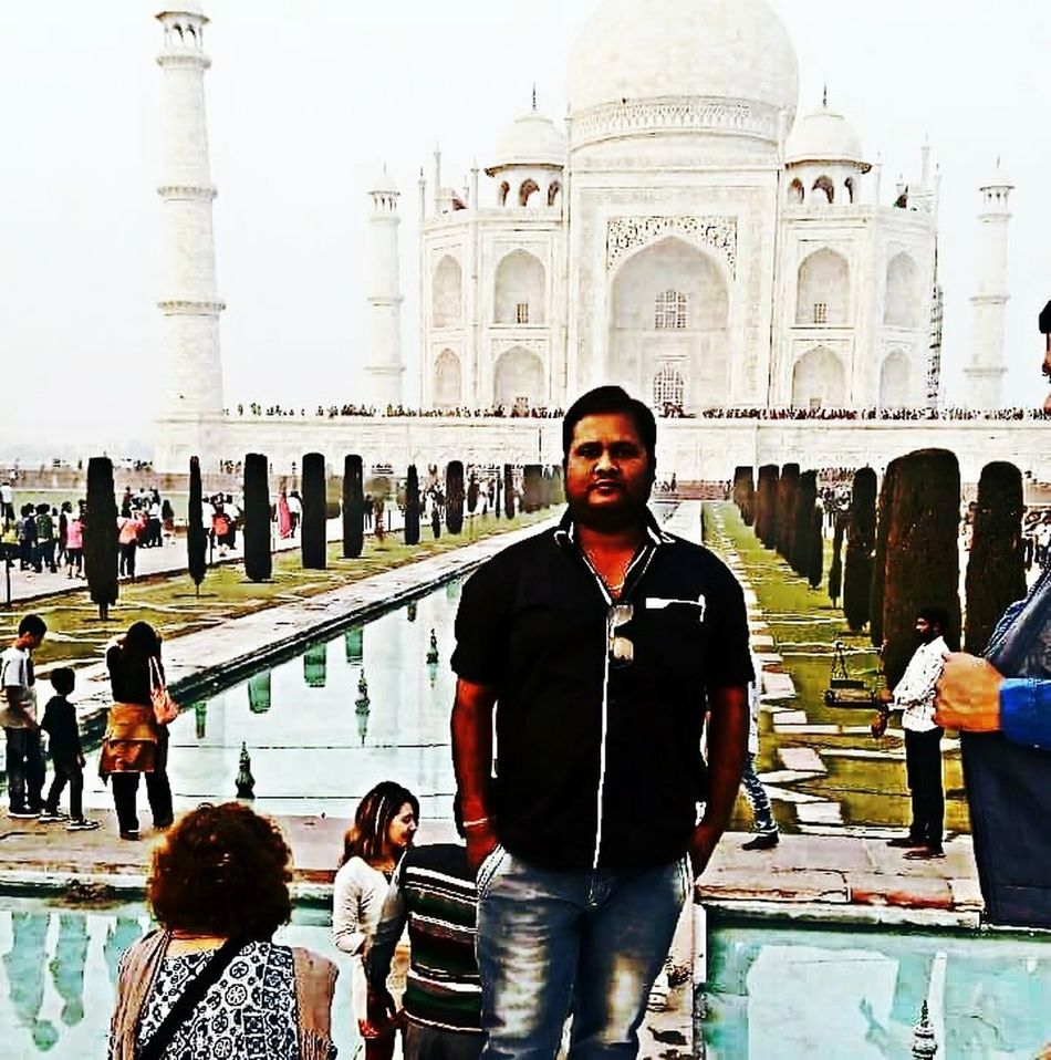Flying High Beauty Lies In The Eye Of The Beholder Men Standing Cheerful Architecture_collection From India With Love... Smilling TAJ MAHAL.......