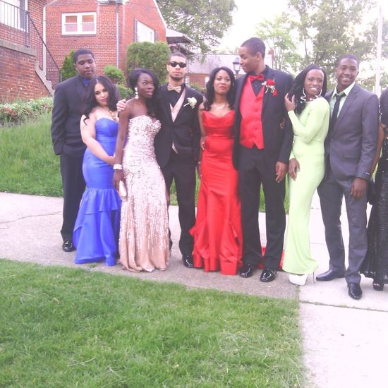 my cousin careca and her friends for prom last night #2013