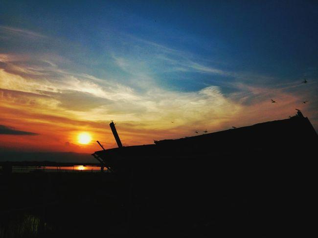 Beautiful sunset Sunset Silhouette Sky Outdoors Beauty In Nature Landscape Nature Eeyem Market Eeyemgallery Eeyem Photo EeyemBestPhotography EyeEmNewHere EyeEm Gallery Eeyem Photography EyeEm Best Shots - Nature EyeEm Indonesia