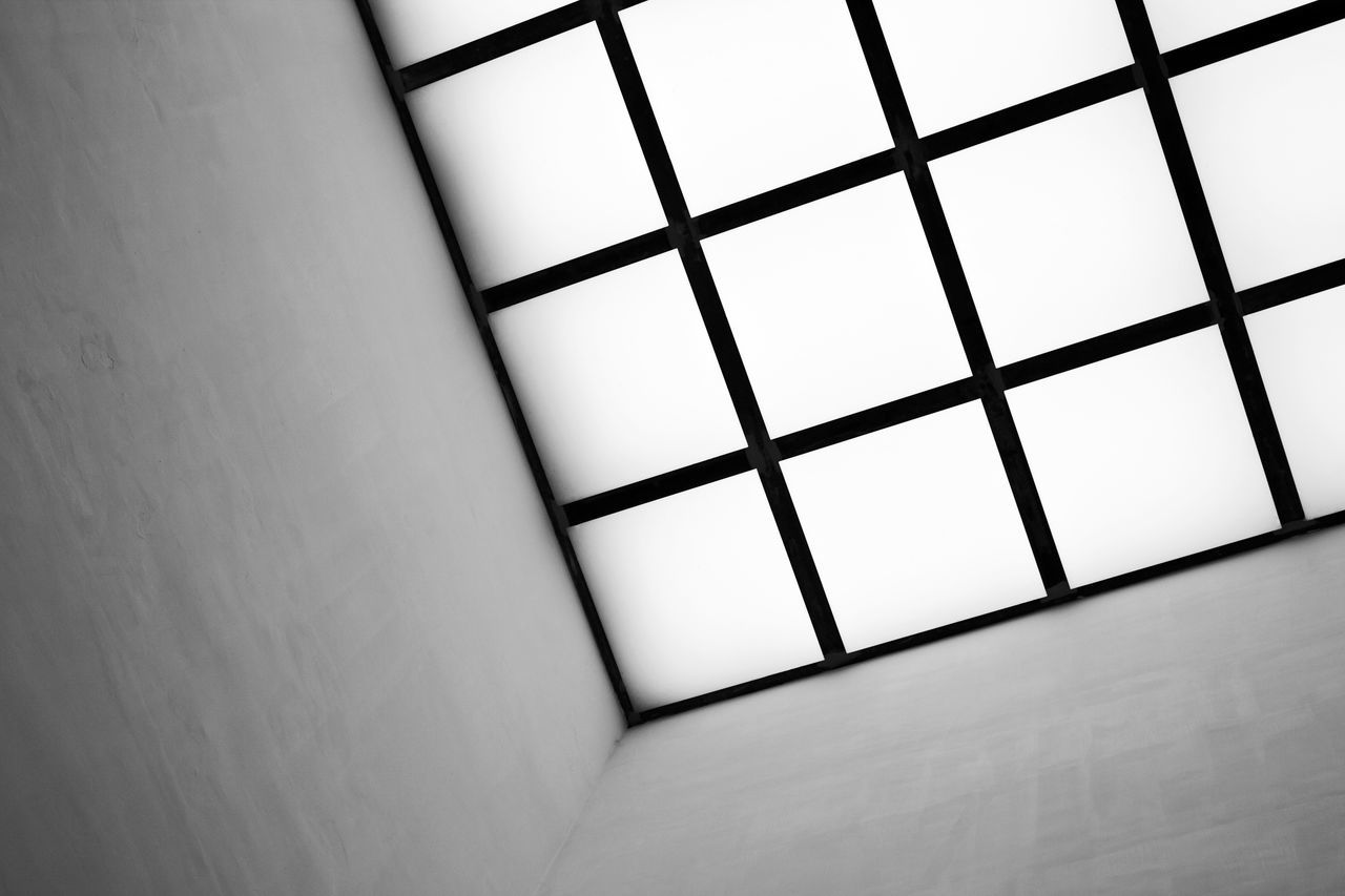 Geometric structure of a roof in grey tones Abstract Photography Architecture Pattern, Texture, Shape And Form Roof Abstract Abstract Architecture Abstract Art Abstract Backgrounds Abstract Colors Abstractarchitecture Architecture Architecture Abstraction Background Background Texture Black And White Building Close Up Colorful Concrete Geometric Geometric Abstraction Grunge Pattern Texture Window