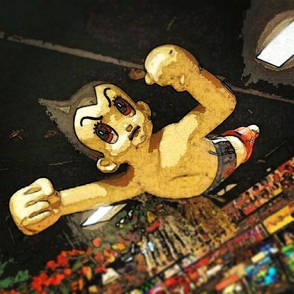 Astro Boy flying high Astroboy Arcade Odiba Tokyo japan gaming anime manga figure statue cool awesome filter paperartist