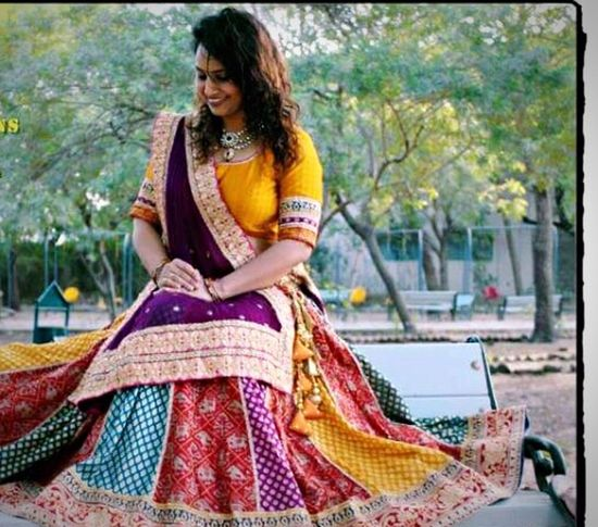 Royal Collection Traditional Clothing Only Women One Person One Woman Only Smiling Beautiful Woman Sari Happiness Young Women Beauty Women Indian Beauty Fashion Bhuvan Classy Indian Wear Lifestyles Disha Bhuvan Clothing Brand Clothes Branded Cloths Indian Culture  Indian Culture  Indian Wedding Indian Style Bride
