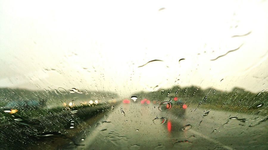 Summer2015 On The Road Rainy Day Sony Xperia Z3+ Water Droplets