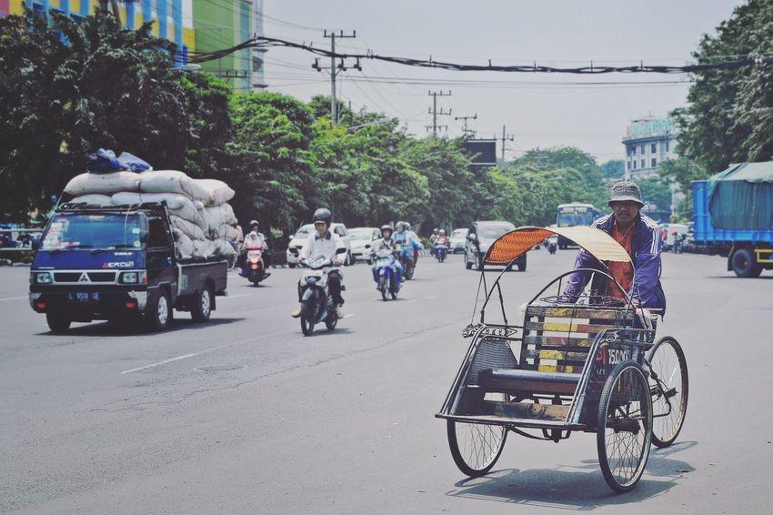 Becak TukTuk Trishaw Surabaya INDONESIA Travel Street Oldman Photography